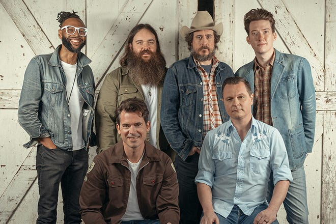Nashville, Tenn.-based Americana string band Old Crow Medicine Show is scheduled to headline the first show of the Into The Wildwood concert series, beginning May 28, 2021 at Cloverleaf Farm in Arnoldsville, Ga.