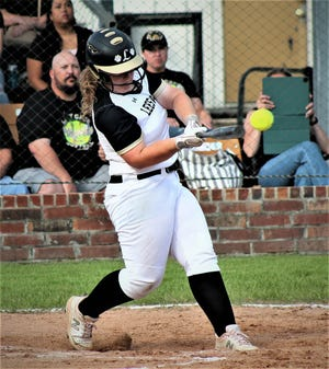 Lady Cats posted an 8-2 win over the Rayne Lady Wolves on Monday in the first round of the Class 4A playoffs.