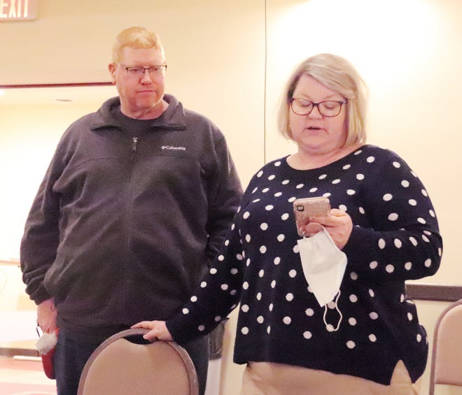 Edingers' Filling Station owners Becky and Jim Edinger gave the Pontiac City Council a report on its Downstate Small Business Stabilization Grant at Monday's meeting at the Eagle Theater.