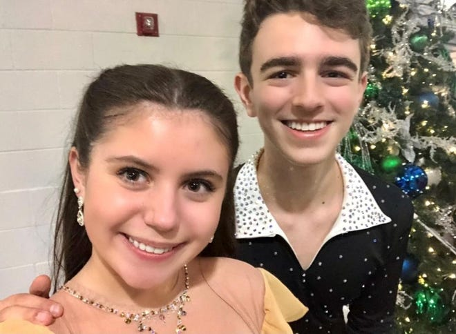 Anabelle Larson and Lucas Appel, 2021 U.S. champions in Novice Free Dance.