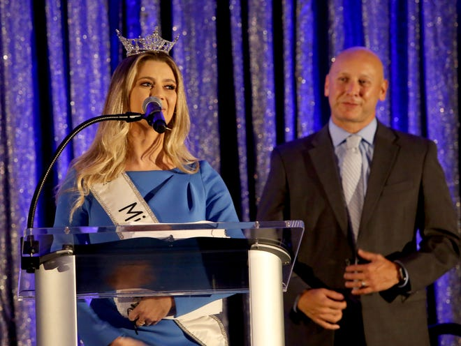 Miss Florida Michaela McLean and Patrick Fuentes, General Sales Manager of The Palm Beach Post, present the winners of The Palm Beach Post 2021 Best of Palm Beach County awards during a ceremony Thursday, April 15, 2021 at the Palm Beach County Convention Center in West Palm Beach.