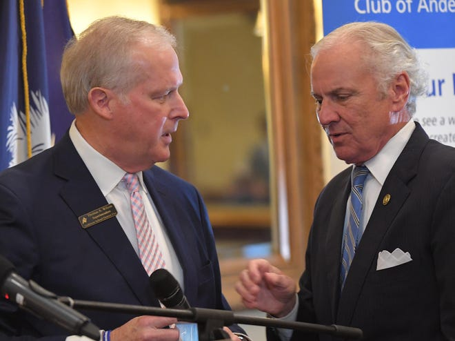 Tom Wilson, left, introduces Gov. Henry McMaster speaks at the Rotary Club of Anderson at Tucker's Restaurant in Anderson, S.C. Tuesday, April 20, 2021.