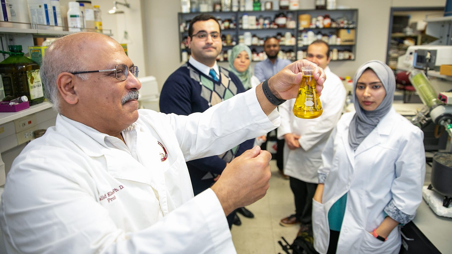 Patent awarded for ULM professor's research into olive oil treatment for breast cancer