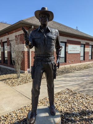 A 7-foot-tall bronze statue honoring William Boyd and his Hopalong Cassidy character that was completed by Alan Cottrill of Zanesville in 2016 is part of the Ohio Outdoor Sculpture database that is currently being updated by Cleveland State University. The statue is located outside the Guernsey County Senior Citizens Center in Cambridge.