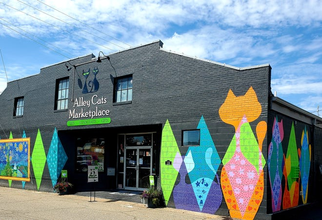 Alley Cats Marketplace will feature live music during Art on the Alley on May 2.