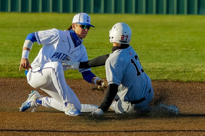 Mason Onate (left) has been one of the top contributors for Liberty, which was 11-3 overall and3-2 in the OCC-Central after beatingHilliard Bradley11-1on April 22.