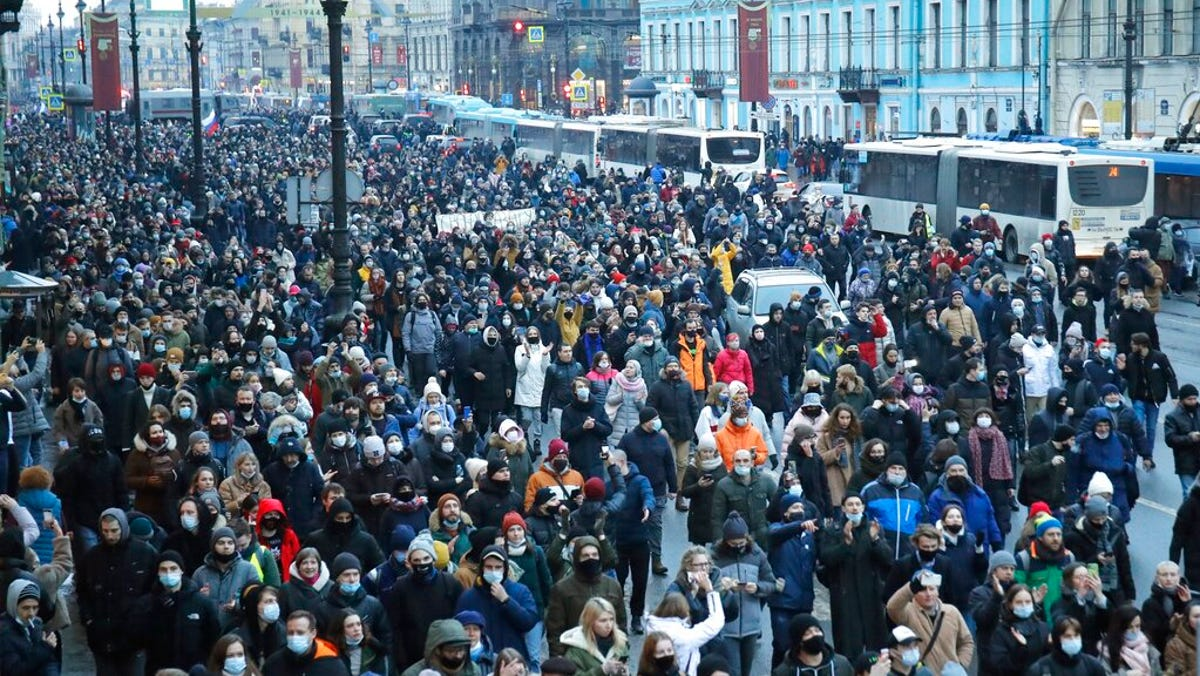 Nearly 1,500 reported arrested at Navalny rallies in Russia 2
