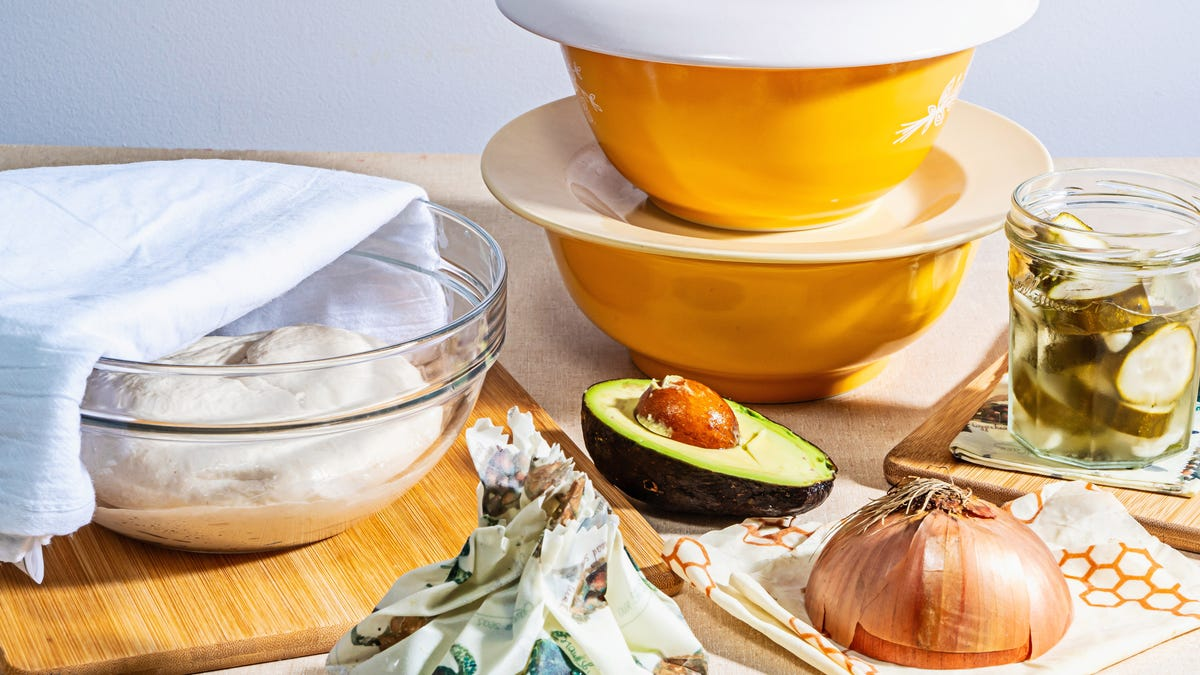 Reducing your plastic wrap use in the kitchen is easy, with just a few tweaks 1