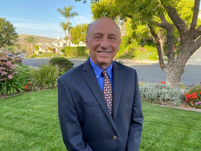 Jeff Davis, assistant superintendent in Ventura Unified School District, will be superintendent of Oak Park Unified School District starting July 1.