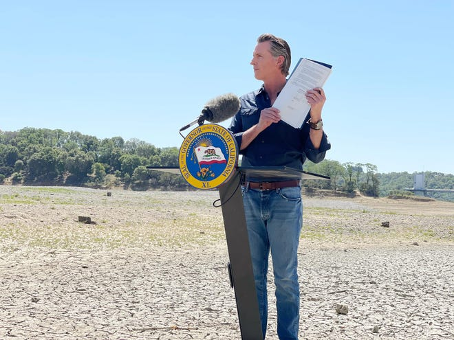 Extreme drought now grips 85% of California so Governor Newsom is seeking water users cut back their use of water by at least 15%.