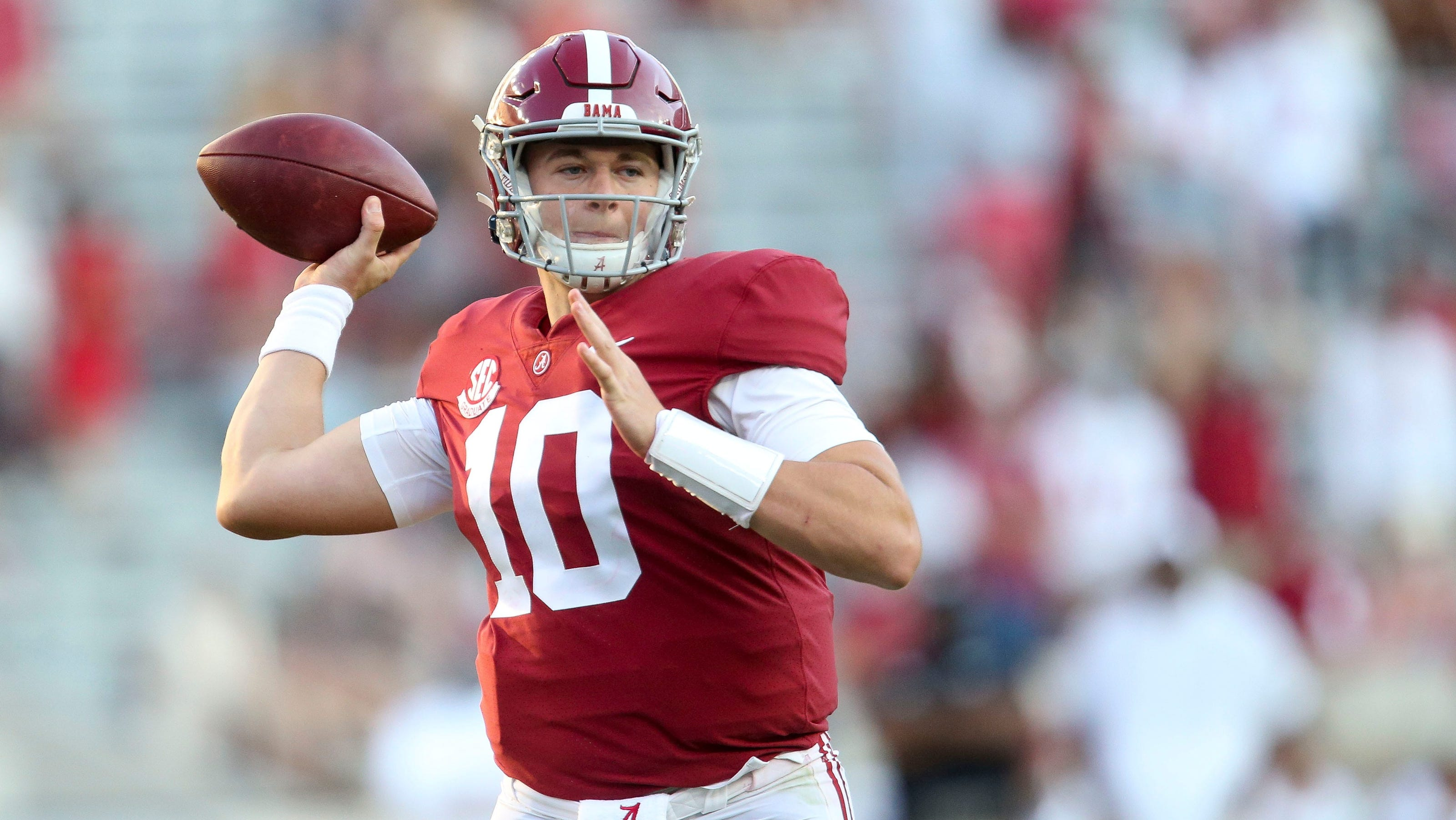 Opinion: Mac Jones might be a top-three NFL draft pick, but Alabama QB leaves key questions for teams