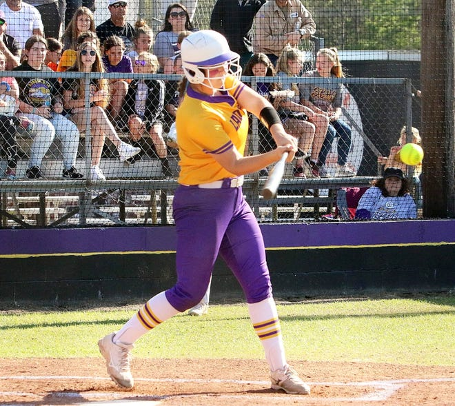 South Beauregard standout Morgan Eaves crushed a three-run homer with two outs in the bottom of the eighth to lift the Lady K's to a Class 3A regional round win over Brusly, 8-6.
