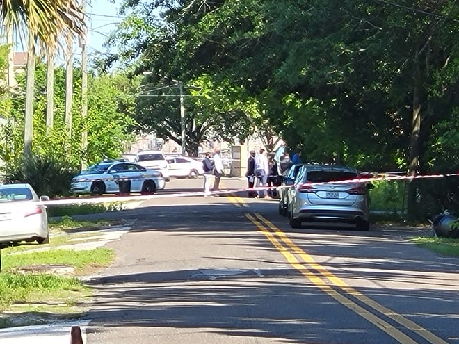 Jacksonville police investigate Thursday's shooting death of a 39-year-old man on Woodbine Street.
