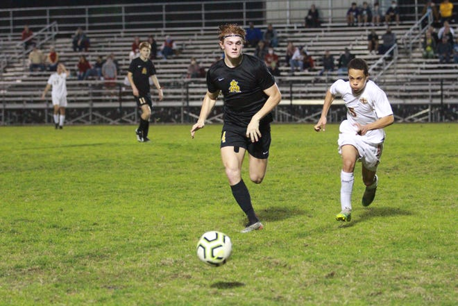 St. Amant senior Ulrich Gaffney was a first-team All-State selection by the LSCA.