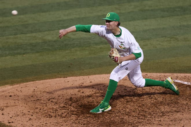 Oregon pitcher Cullen Kafka, seen in an April 10 win over Oregon State at PK Park, is 4-1 with a 2.44 ERA and 59 strikeouts in 44 1/3 innings this season.