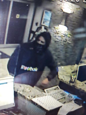 Suspect sought in Panama City Beach armed robbery