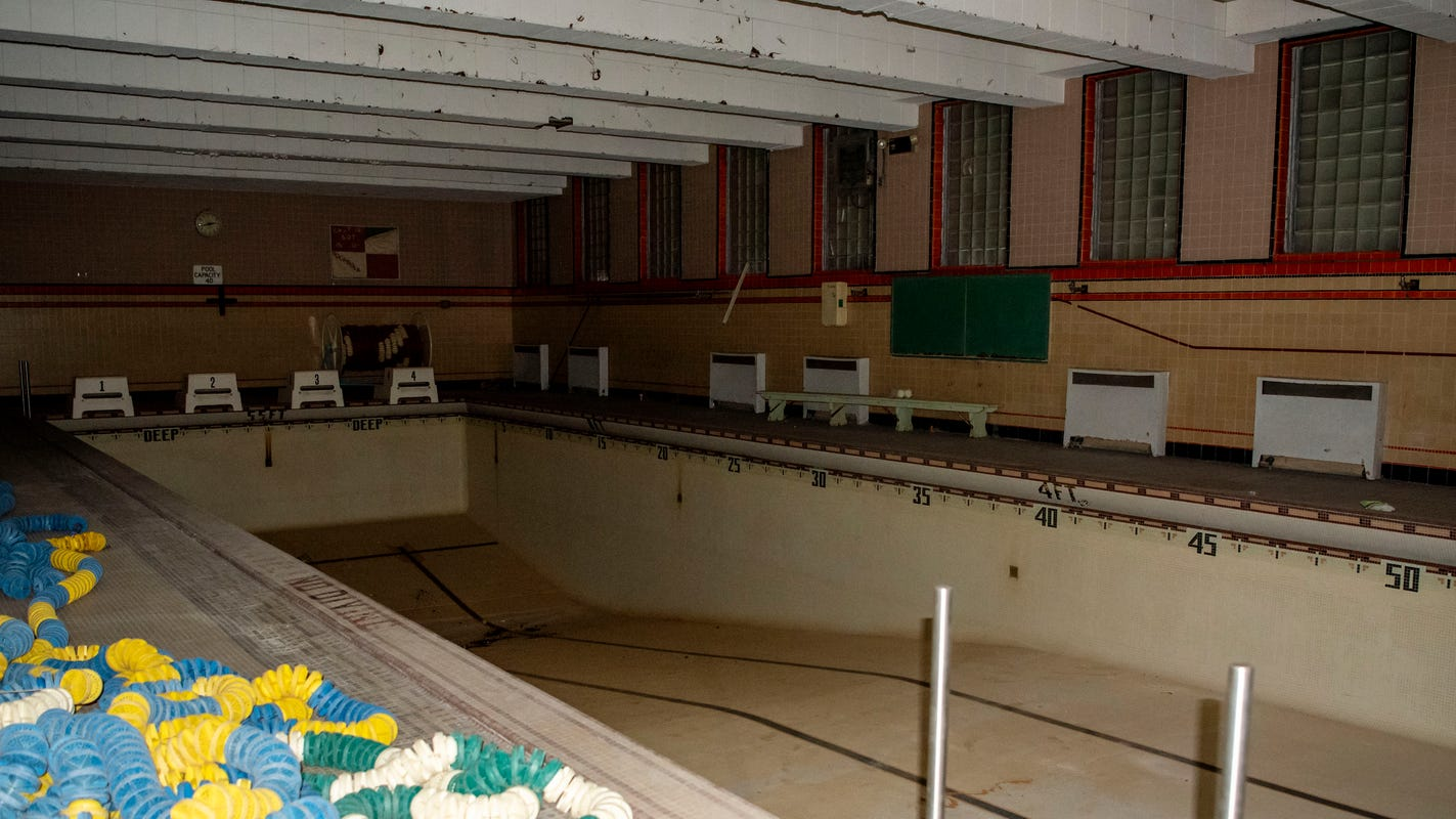 Swimming pool, pickleball could be coming to old Southeastern Junior High building
