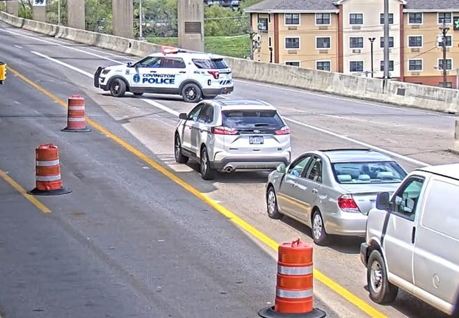 Northbound I-71/75 was closed at the Brent Spence Bridge Thursday.