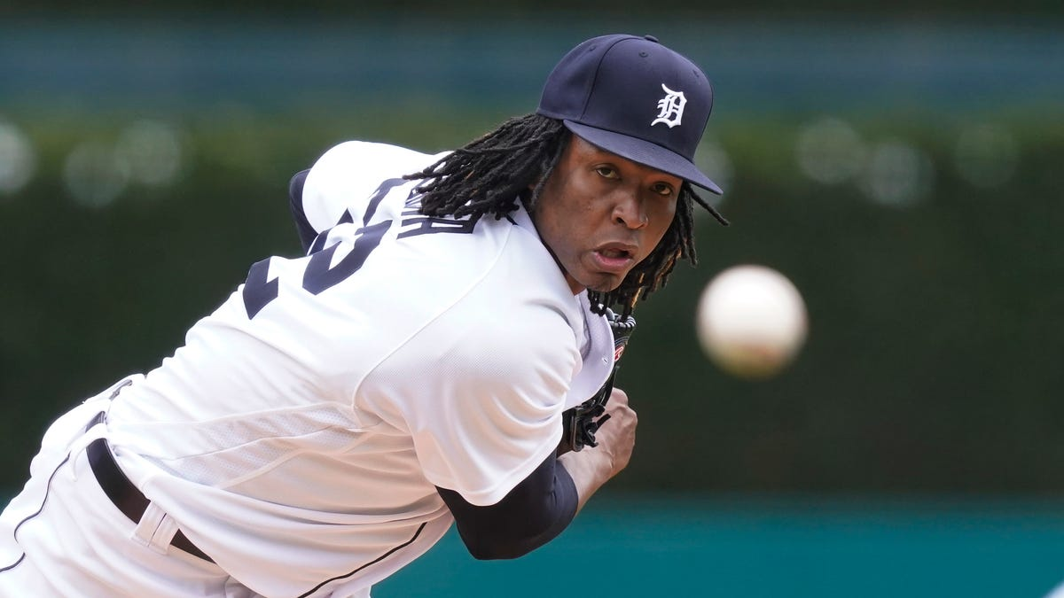 Misplays and missed opportunities lead to Tigers' downfall in series finale 1