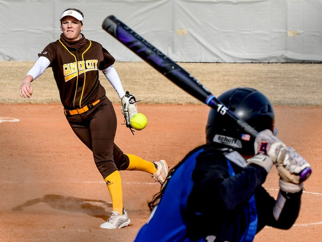 Garden City Community College's Tara Reid makes a pitch to a Lamar. Colo., batter during a game earlier this season at Tangeman Sports Complex.  Reid picked up her 12th win of the season on Thursday.