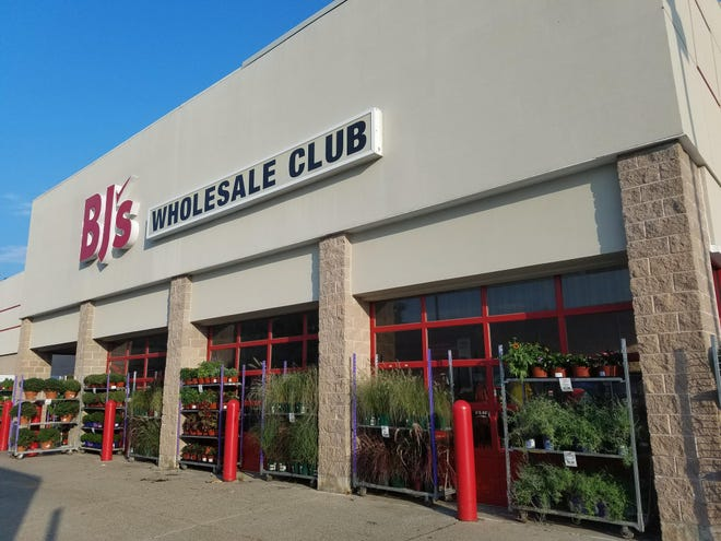 BJs Wholesale Club is seeking to move its corporate headquarters from Westborough to Marlborough.
