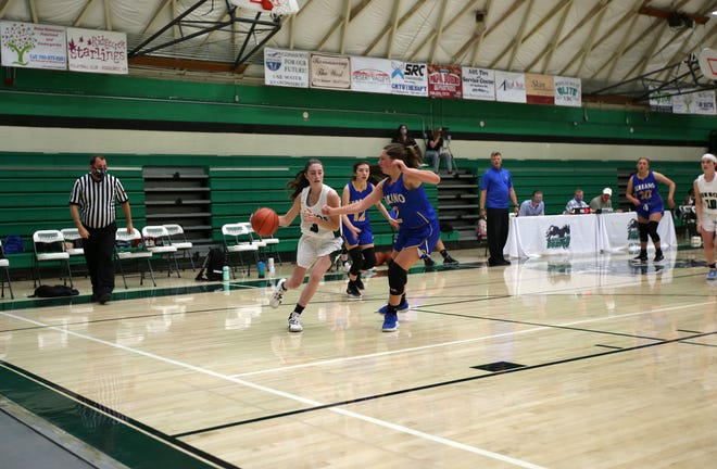 Savannah Rowland (3) led the Lady Burros with 12 points during Tuesday night's game against Serrano.