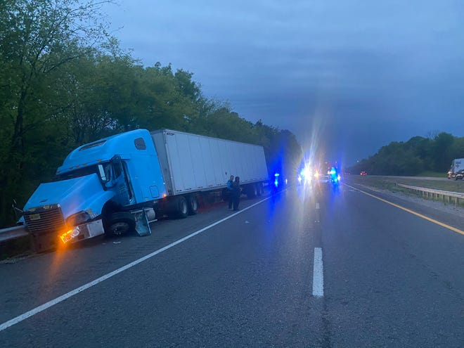 A multi-vehicle wreck closed I-40 eastbound near Lebanon on Friday morning, officials reported.