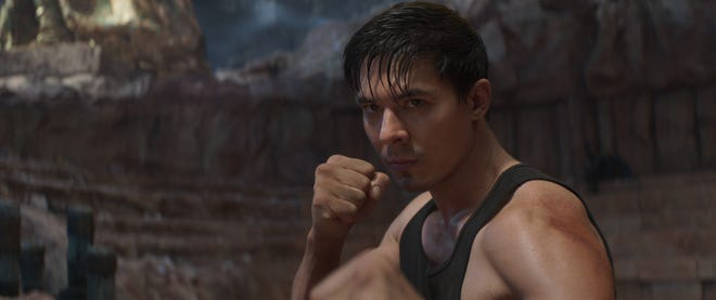 """Lewis Tan comes up swinging as Cole Young in """"Mortal Kombat."""""""