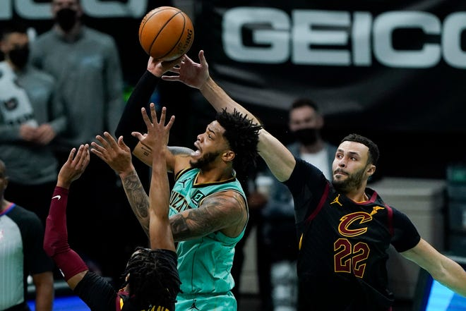 Cavaliers forward Larry Nance Jr. suffered a fractured right thumb during Sunday night's loss to the Washington Wizards. [Chris Carlson/Associated Press]