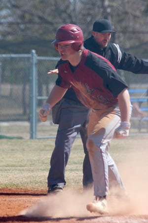 Sheyenne-New Rockford fell to South Border, 5-4, and Langdon/Edmore/Munich defeated Kidder County 11-1 in the Sheyenne-New Rockford Jamboree on April 24 at the New Rockford baseball diamond.