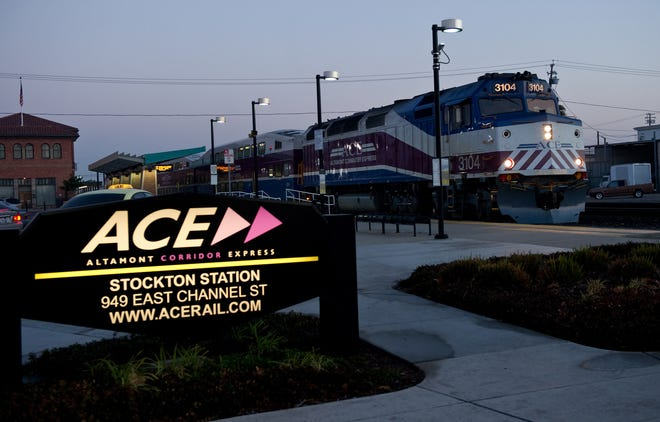 An ACE train at Stockton's Robert J. Cabral Station in 2013. The Altamont Corridor Express is putting two weekday commuter trains back in service this week, with a later 7:32 a.m. Stockton departure.