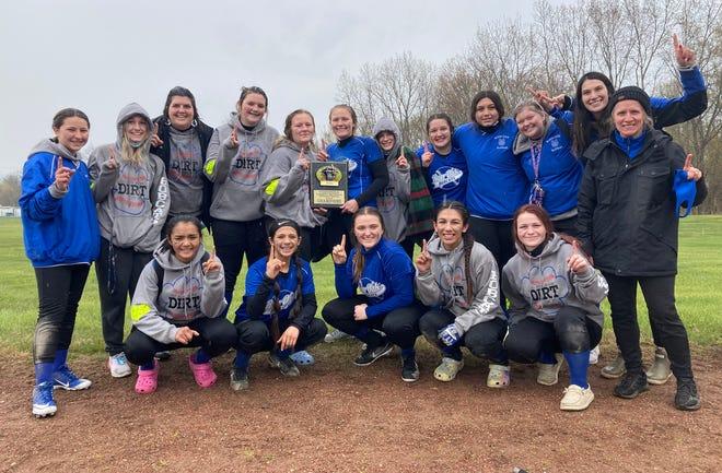 The Burr Oak softball team won the Tekonsha Tournament held on Saturday, winning a pair of games.