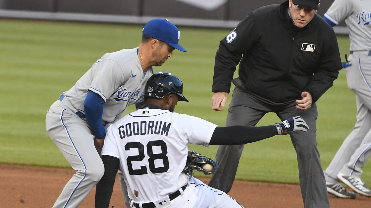'You have to take it personal': Tigers' bats stay cold in series-opening loss to Royals 1