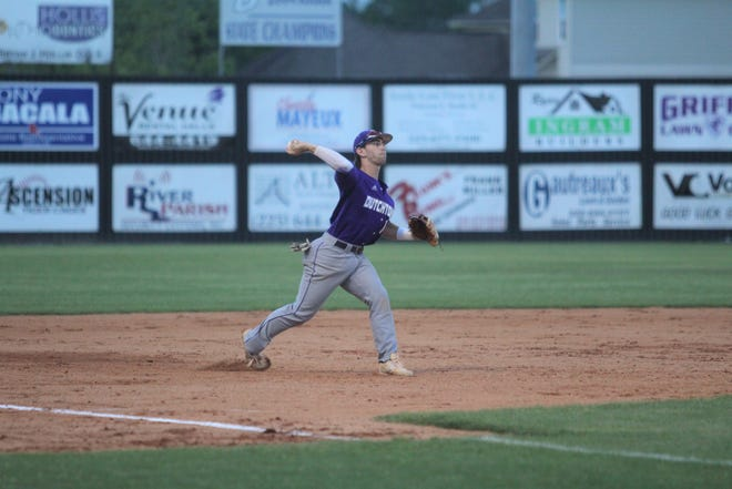 Tanner Vadnais and Dutchtown made the Class 5A playoffs as the No. 10 seed.