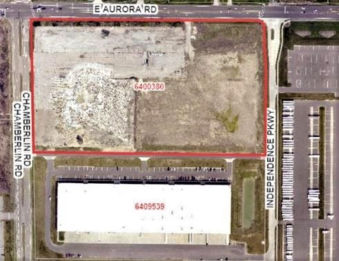 This map shows the site where a 279,000-square-foot spec building will be located in Cornerstone Business Park, bounded by East Aurora and Chamberlin roads and Independence Parkway. Parking for 40 box trucks will be on the right side of the red outlined area and parking for employees will be at the bottom of that rectangle.