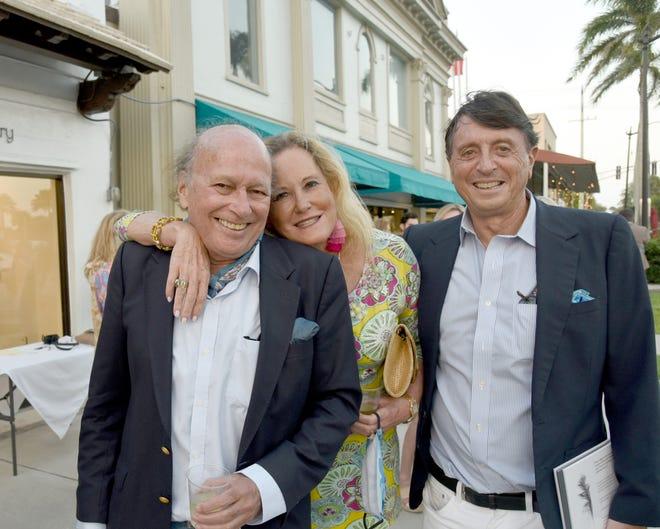 Christopher von Hohenberg, Diane de la Pegasier y Manuel Balbonten.  Fotos de Annie Watt