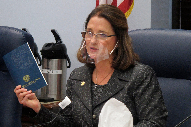 Airline bans Alaska state senator for violating mask rules 1