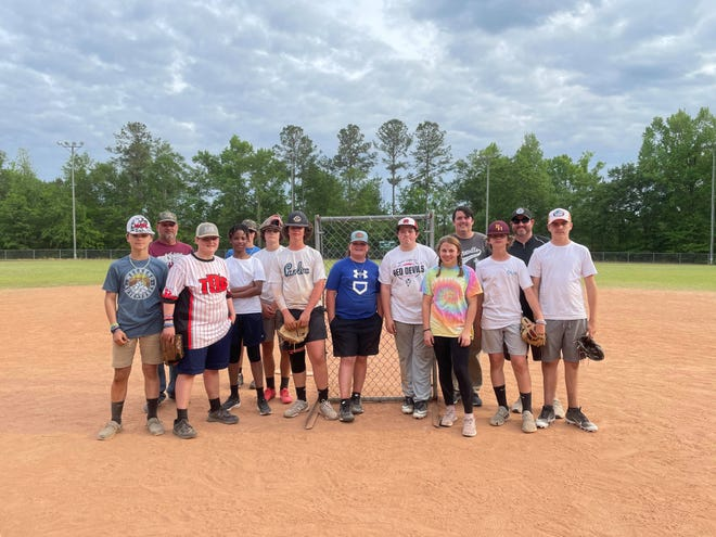 The Varnville First Baptist youth softball team.