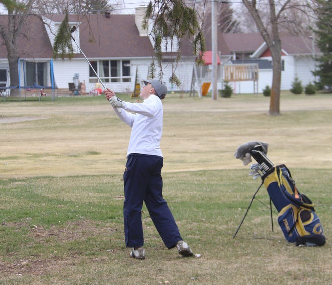 Kaleb Thingelstad shoots out of the rough at Minakwa Golf Course on April 26. Thingelstad shot a 79 at Bemidji Town and Country Club on Wednesday.