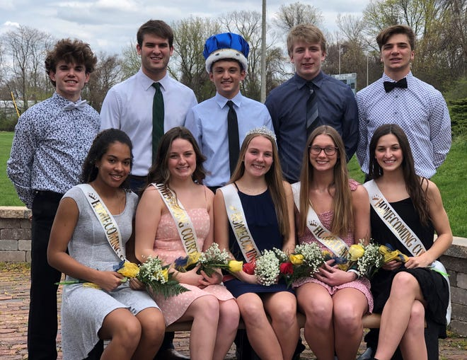 Aquin High School celebrated homecoming April 19-23. Pictured, from left, back: William Gustafson, Hayden Neuendorf, Ty Stykel, Aidan Curry and Brennan Carlson. Front: Alyssa London, Chloe Smith, Gwen Stovall, Maddie Hildebrand and Addie DeMichele.