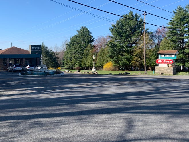 The entrance to the Mt. Pocono Hotel where a shooting took place on April 24.