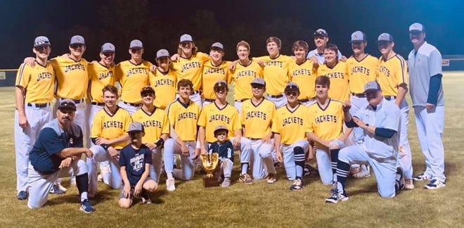 The Stephenville High School Yellow Jackets came away with the District title after Friday night's 11-3 win over Gatesville. Next up, the Bees (13-7-1) (8-1), were scheduled to face Brownwood (10-8) on Tuesday evening in Stephenville.