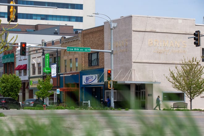 The former Briman's Leading Jewelers building, located at the intersection of S. Kansas and 8th, was recently acquired by AIM Strategies. The building has three floors the new owners are looking to fill.
