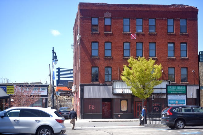 The former Sir Morgan Cove club, presently called Cove Music Hall on Monday on Green Street.