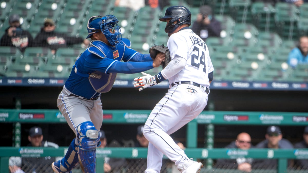 Tigers can't cash in as Royals complete sweep; season start worst since 2003 1