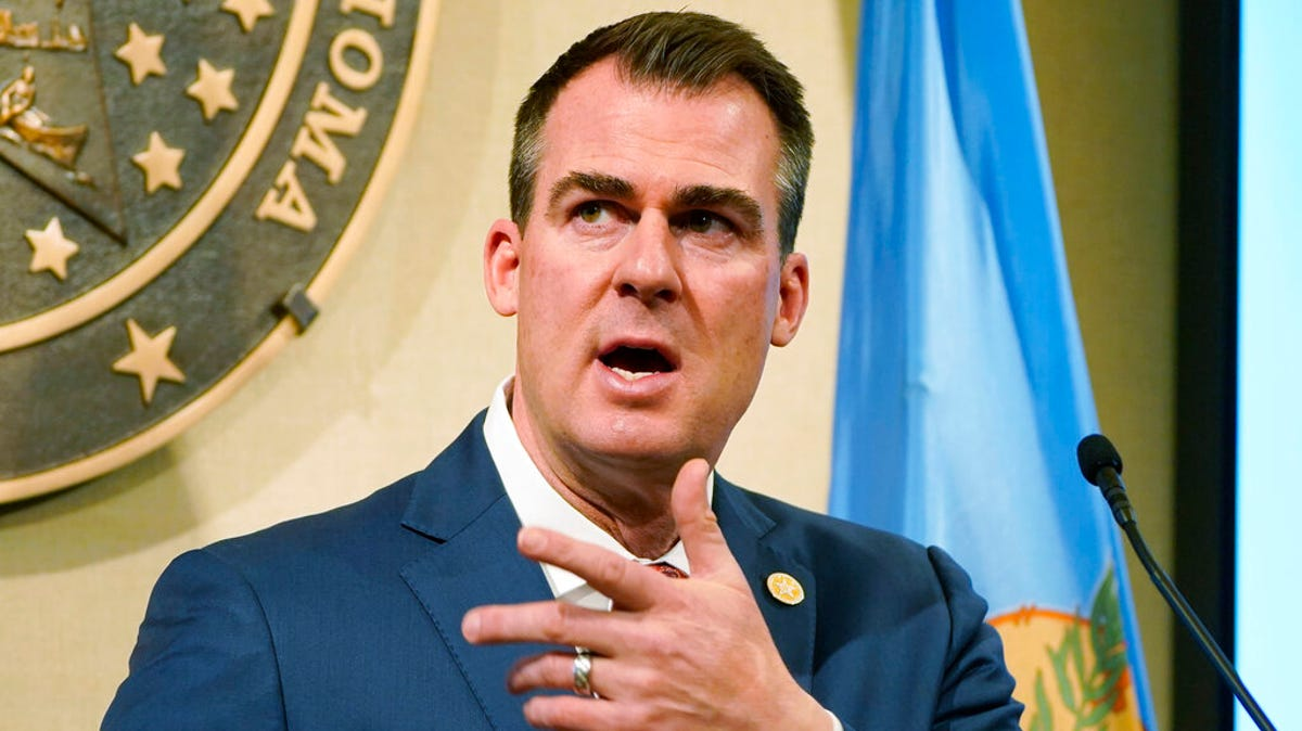 Oklahoma governor signs 3 anti-abortion bills into law 1