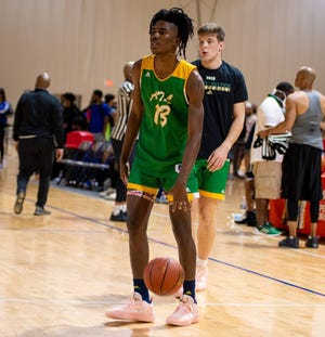 Junior wing Jalen Carruth, one of the top high school players in the country, is transferring to Hillcrest Prep. Photo courtesy of Jalen Carruth