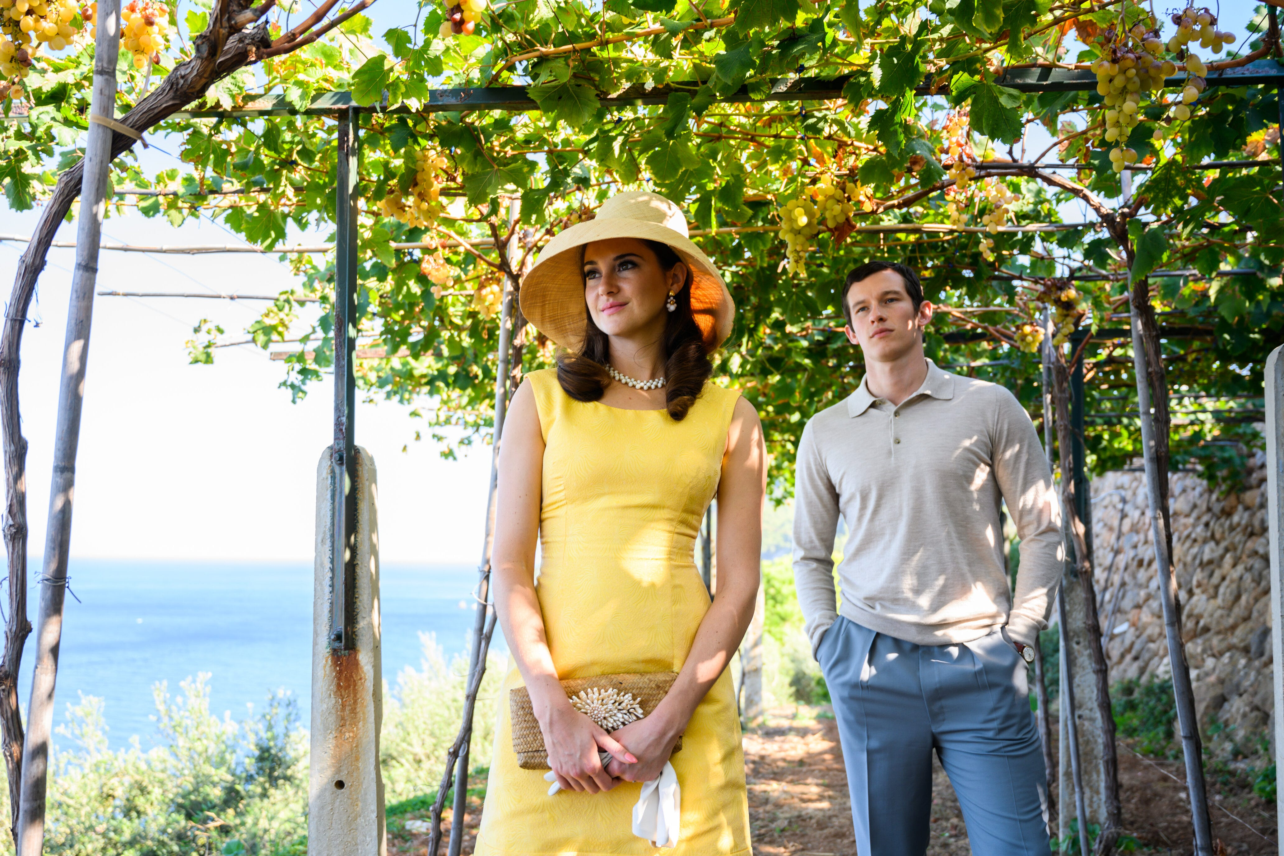 """Jennifer Stirling (Shailene Woodley, left) and Anthony O'Hare (Callum Turner) fall in love in 1960s Europe in """"The Last Letter from Your Lover."""""""