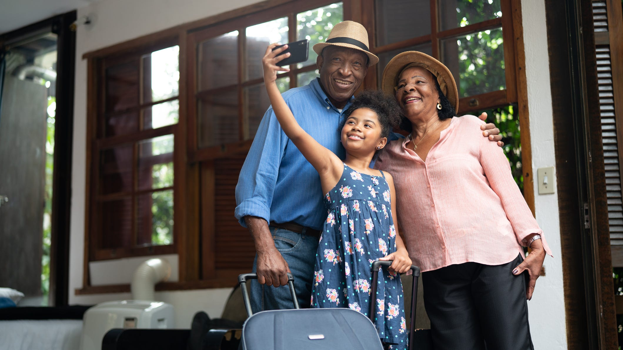 Covid Travel With Grandparents Grandkids How To Plan What To Know