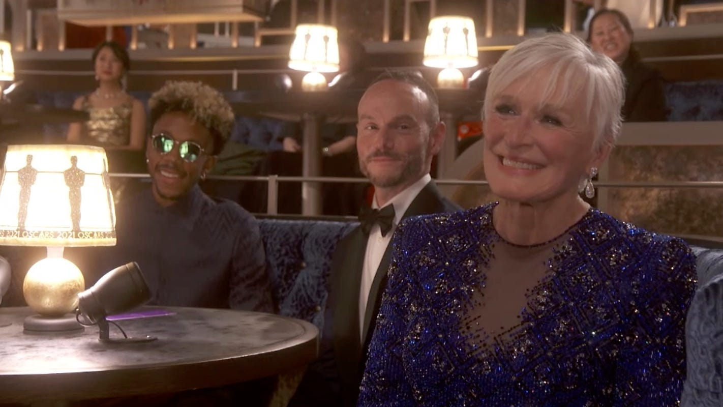 Glenn Close explains which parts of her viral 'Da Butt' moment at the Oscars were scripted – USA TODAY